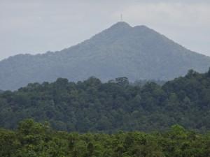 ピラミッド山2