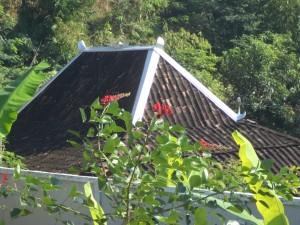 トンガリ屋根